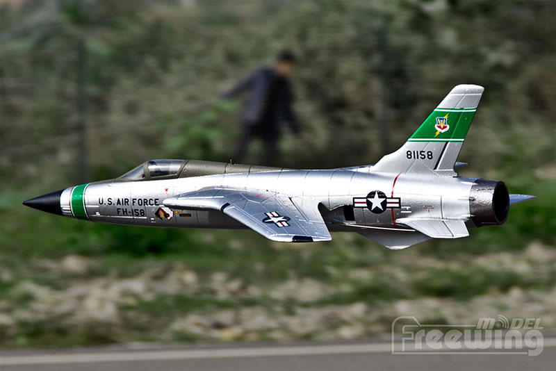 Freewing F-105 Thunderchief 64mm Jet 3S RC Airplane